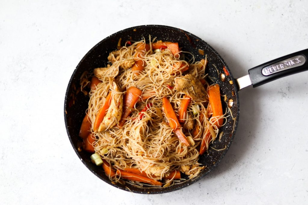 Homemade vermicelli rice noodles stir fry with chicken
