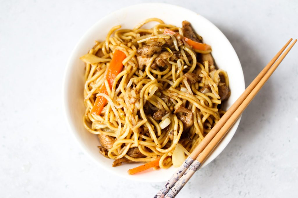 How to make easy chow mein like the takeaway.