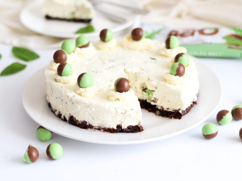 How-to-make-mint-aero-cheesecake