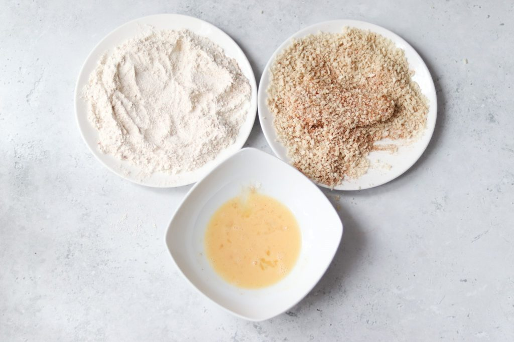 Dunked chicken into breadcrumbs